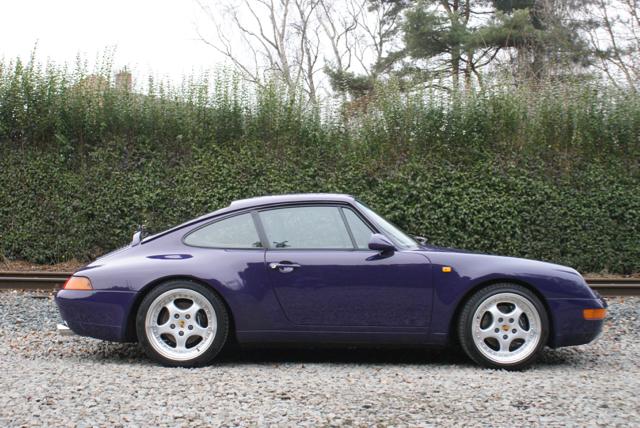911 youngtimer - Porsche 993 Carrera - Amarant Violet - 1994 - 1 of 15