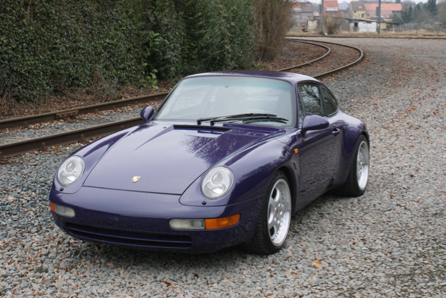 911 youngtimer - Porsche 993 Carrera - Amarant Violet - 1994 - 4 of 15