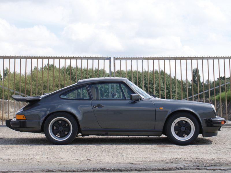 911-youngtimer-Porsche-911-Carrera-Slate-Cashmere-1989-1-of-15