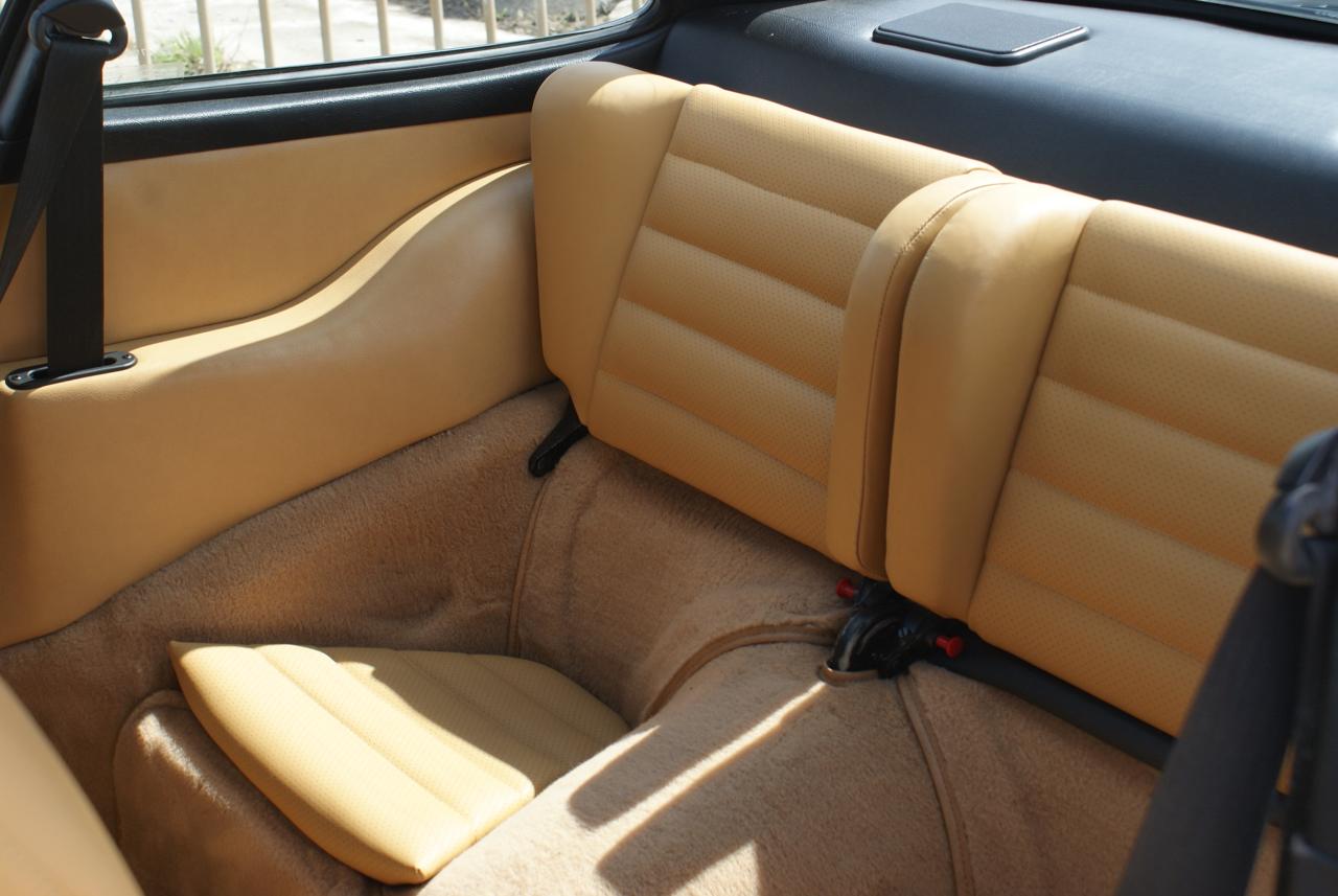 911-youngtimer-Porsche-911-Carrera-Slate-Cashmere-1989-13-of-15