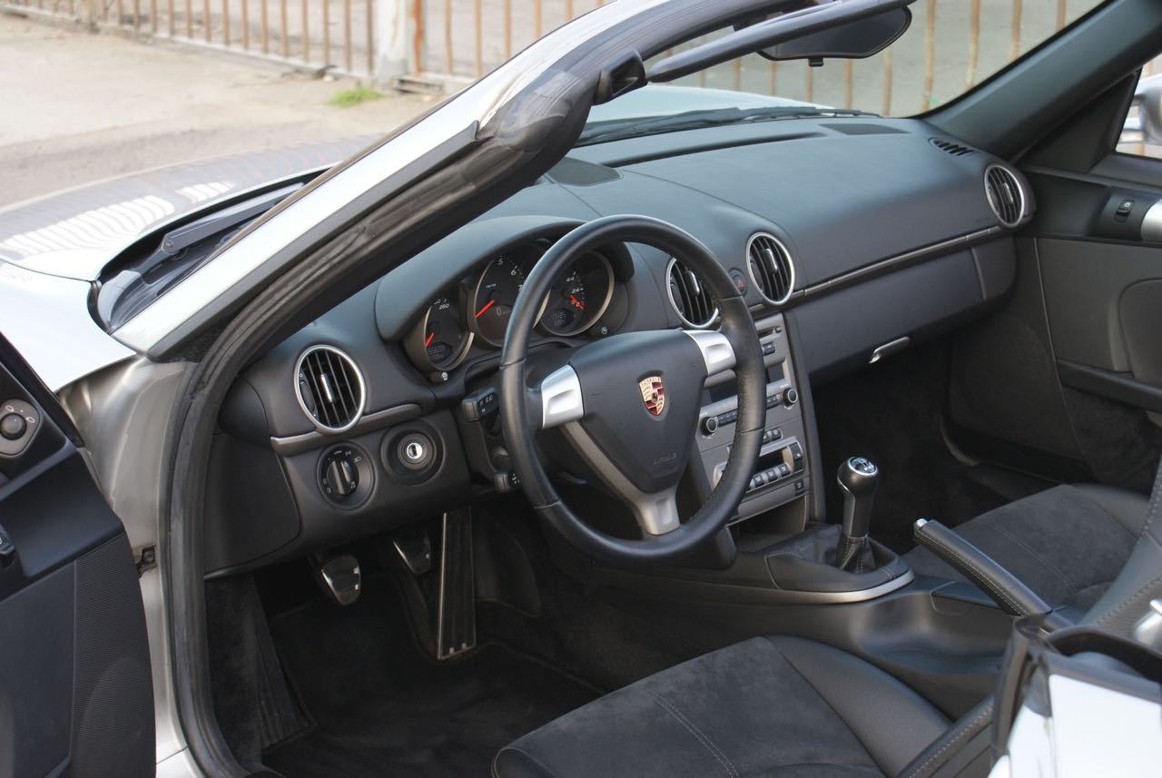 911 youngtimer - Porsche 987 Boxster - Arctic Silver - 2006 - 11 of 15