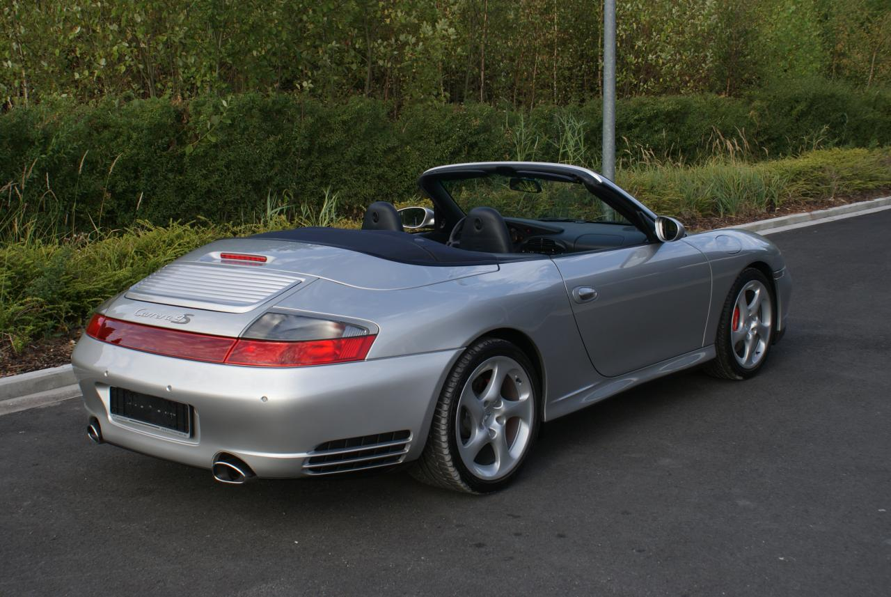 911 youngtimer - Porsche 996 C4S - Arctic - 2005 - 3 of 15 (1)