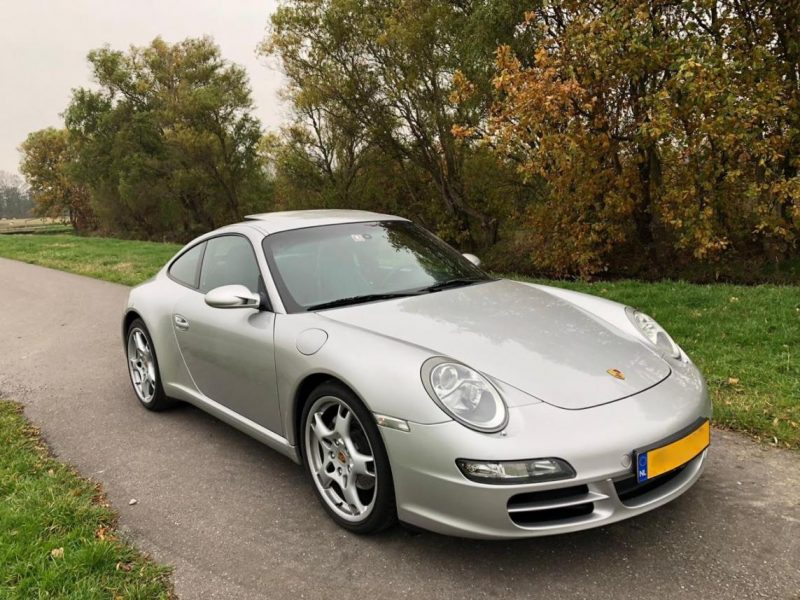 911 youngtimer - Porsche 997 Carrera - 2005 - 1 of 3