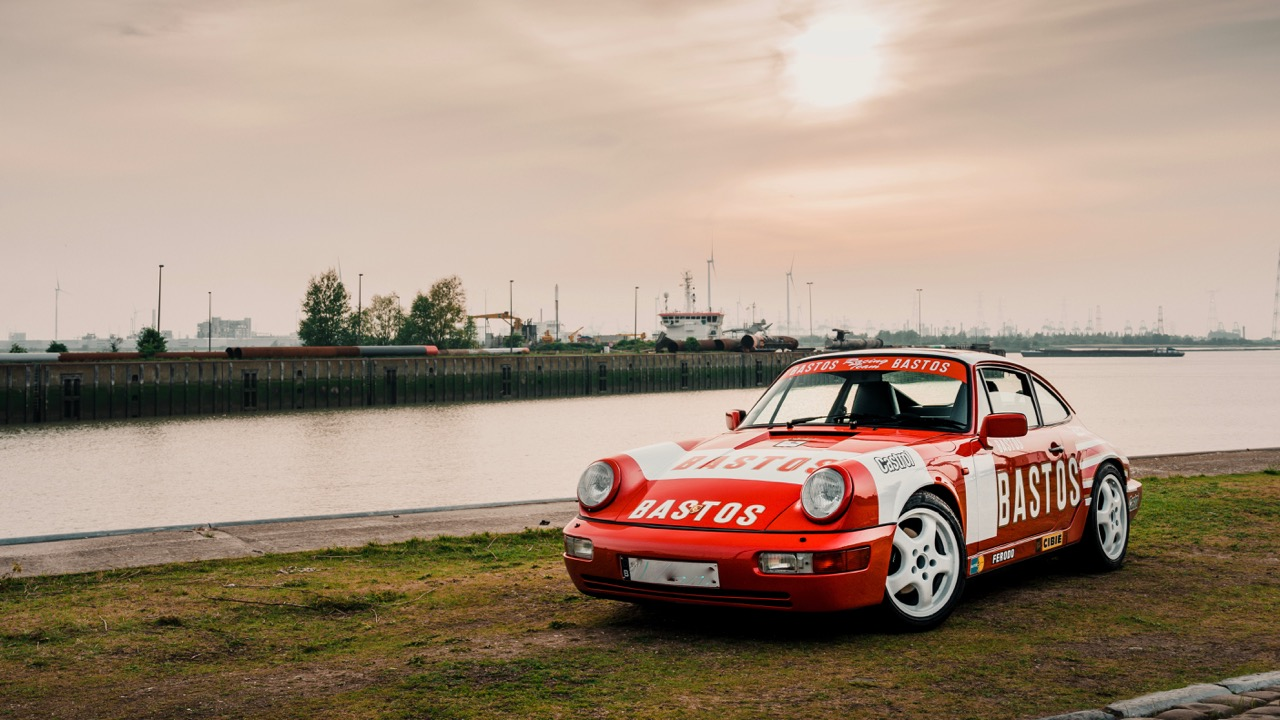youngtimer.one - Porsche 964 Carrera 4 - Guards Red - 1989 - 1 of 20