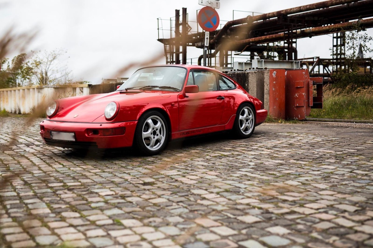 youngtimer.one - Porsche 964 Carrera 4 - Guards Red - 1989 - 20 of 20