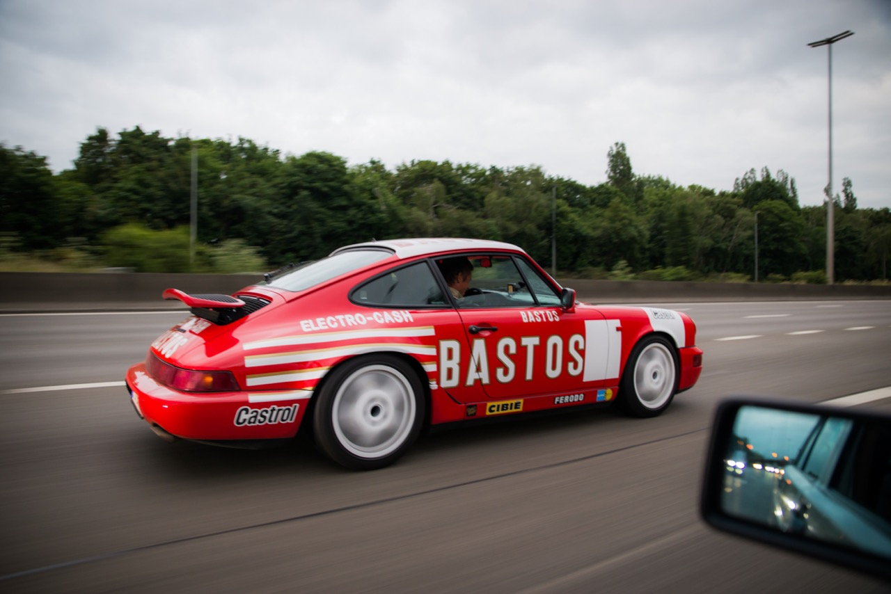 youngtimer.one - Porsche 964 Carrera 4 - Guards Red - 1989 - 6 of 20