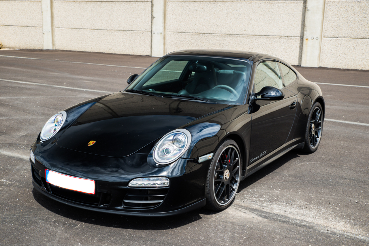 911 youngtimer - Porsche 997 Carrera GTS - Black - 2012 - 1 of 12