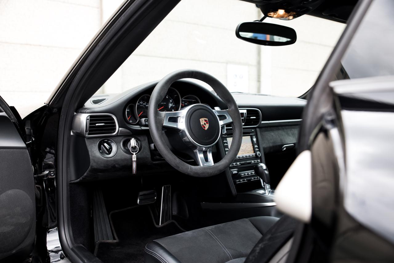 911 youngtimer - Porsche 997 Carrera GTS - Black - 2012 - 11 of 12