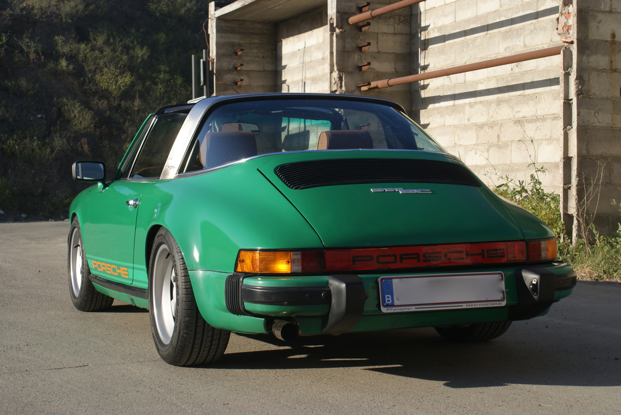 youngtimer.one - Porsche 911 SC targa - Fern Green - 1978 - 5 of 21