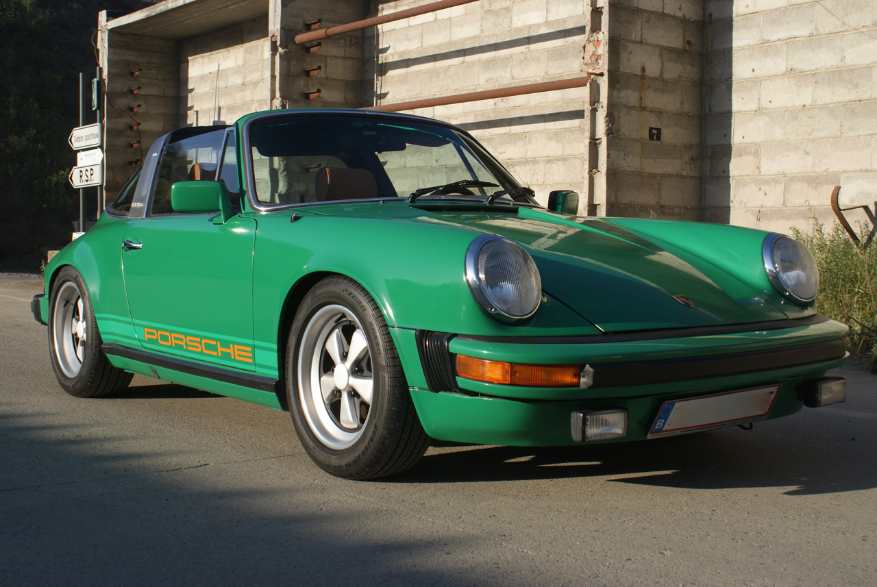 youngtimer.one - Porsche 911 SC targa - Fern Green - 1978 - 9 of 21