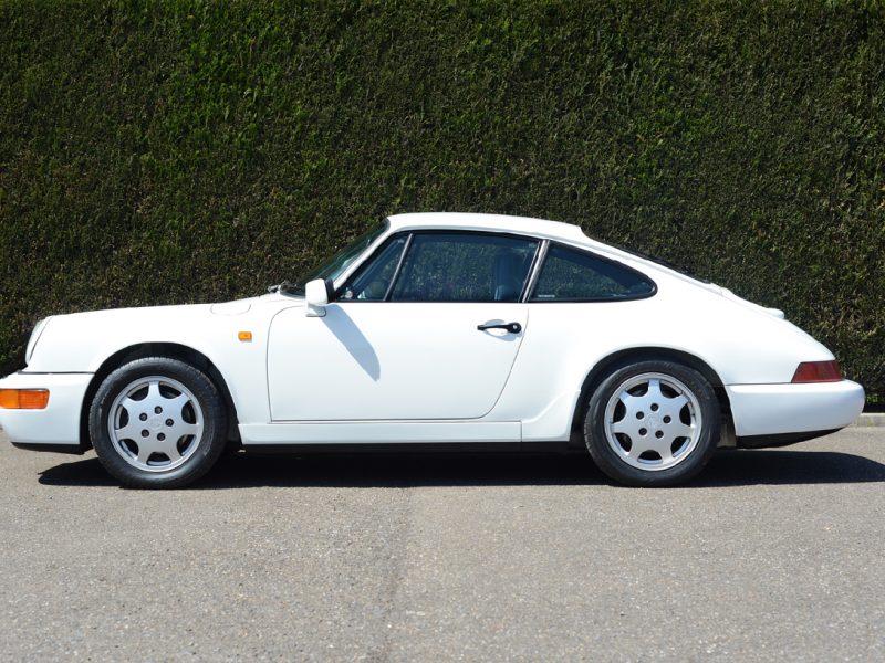 youngtimer.one - Porsche 964 Carrera 4 - Grand Prix white - multicolor cloth - 1990 - 7 of 15