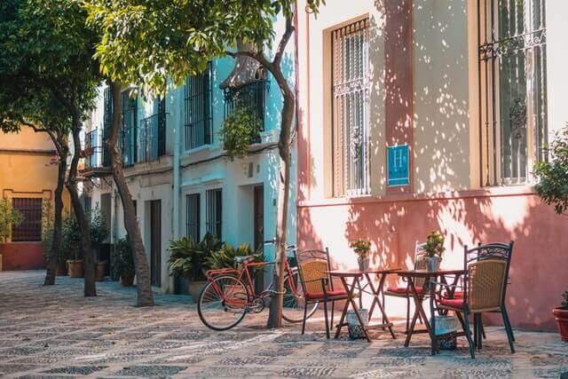Gata i Spanien - sök jobb med Worqo