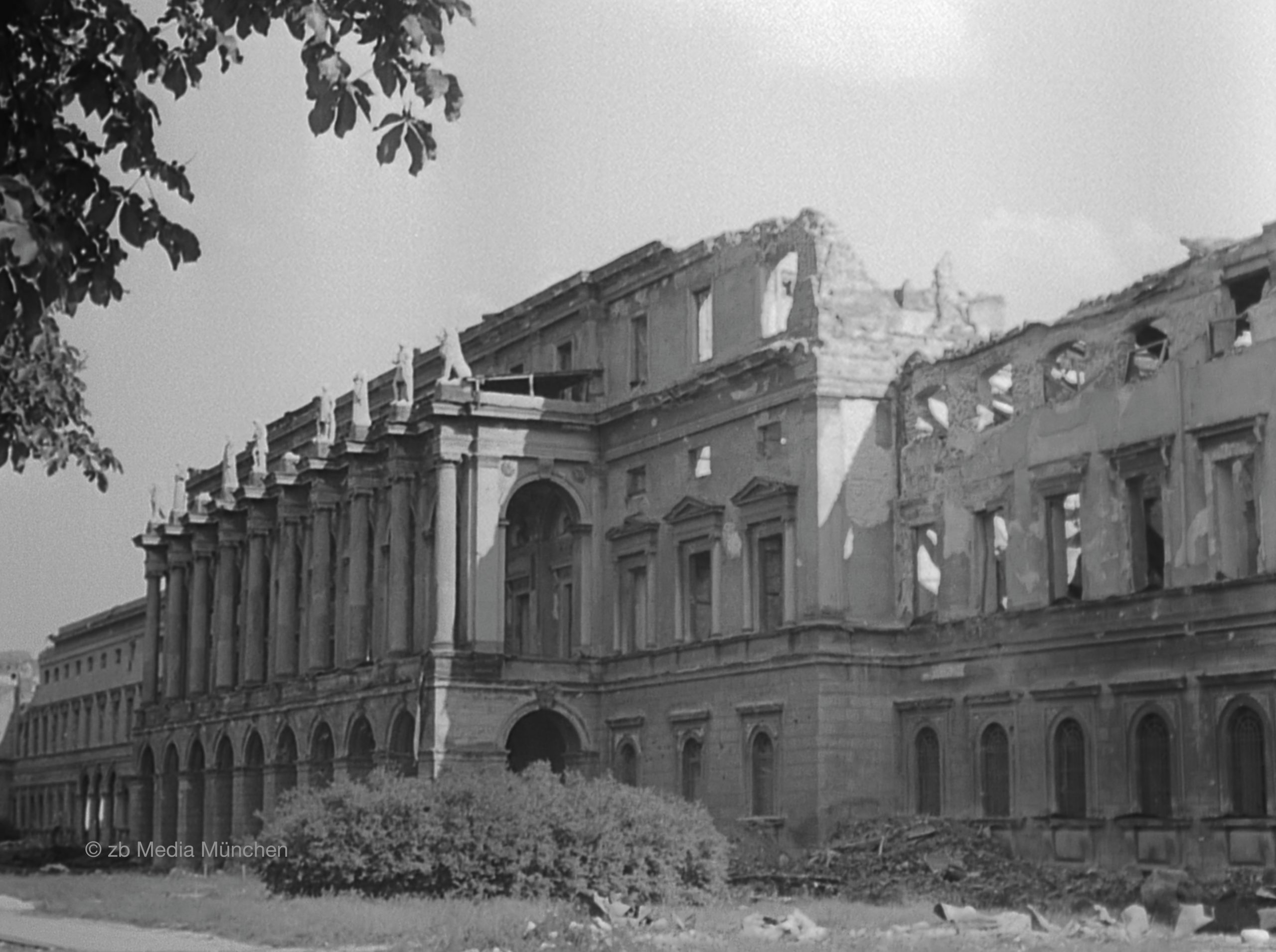 Residenz, Herkulessaal, München 5. Mai 1945