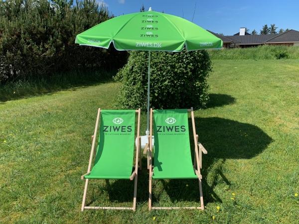 Strandstole og parasol med logo Ziwes Eye-Catching