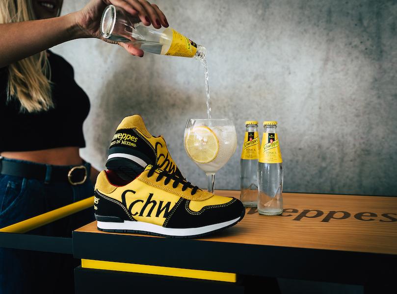 Sneakers med logo